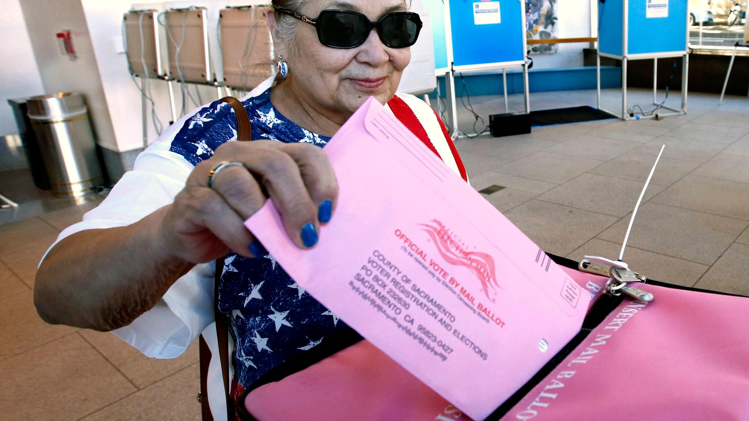 Election_2018_Voting_California_59118-159532.jpg90785668