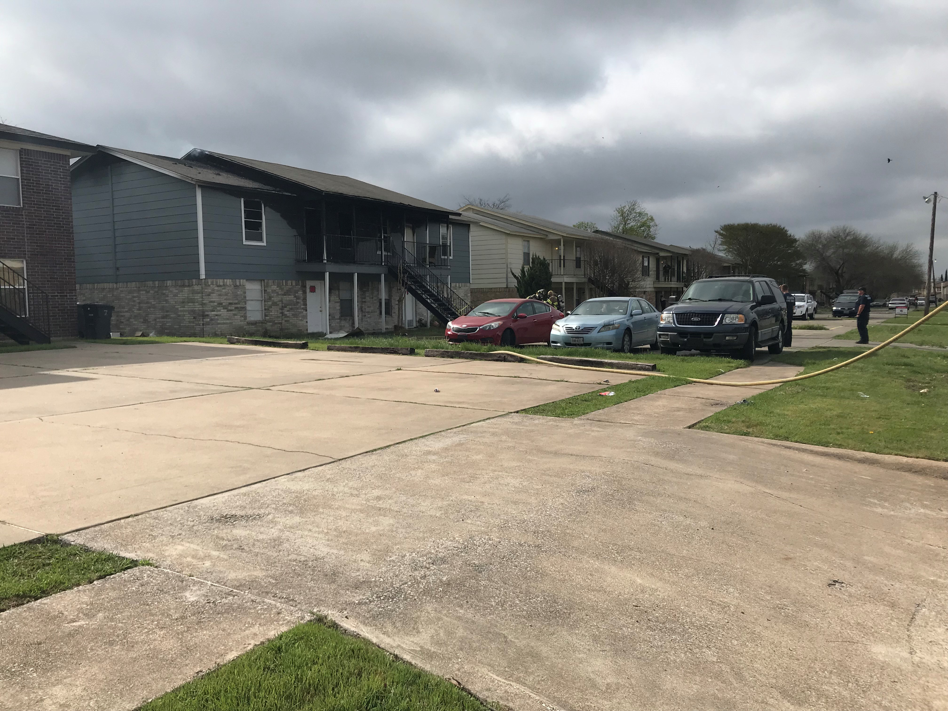 Several displaced in Killeen apartment fire