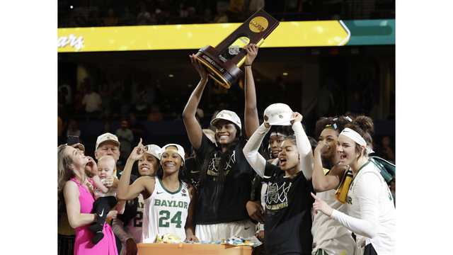 Baylor Lady Bears Championship Parade takes over downtown Waco