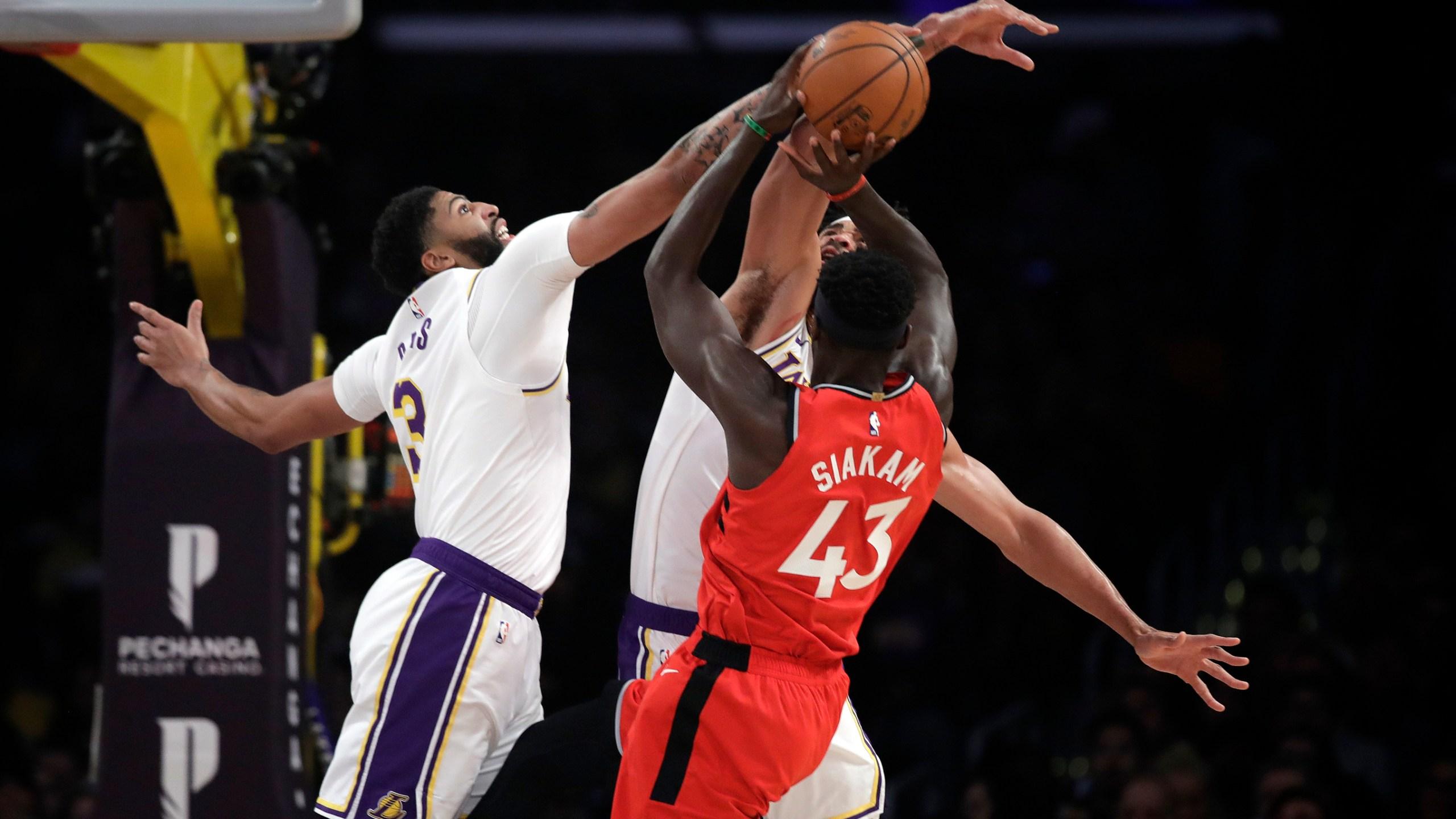 Raptors End Lakers 7 Game Winning Streak In 113 104 Victory