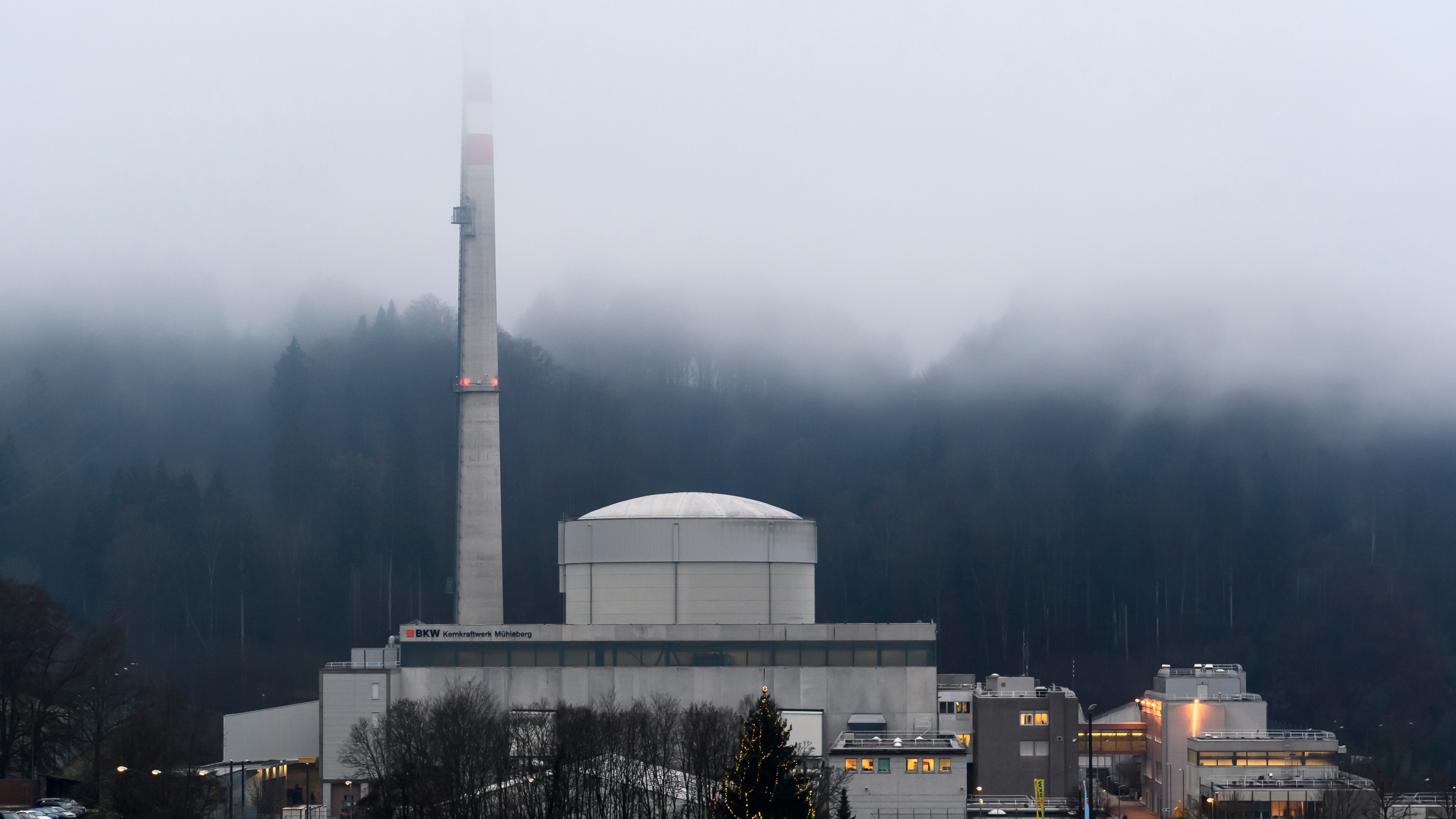 Switzerland Shuts Down 47 Year Old Nuclear Power Plant
