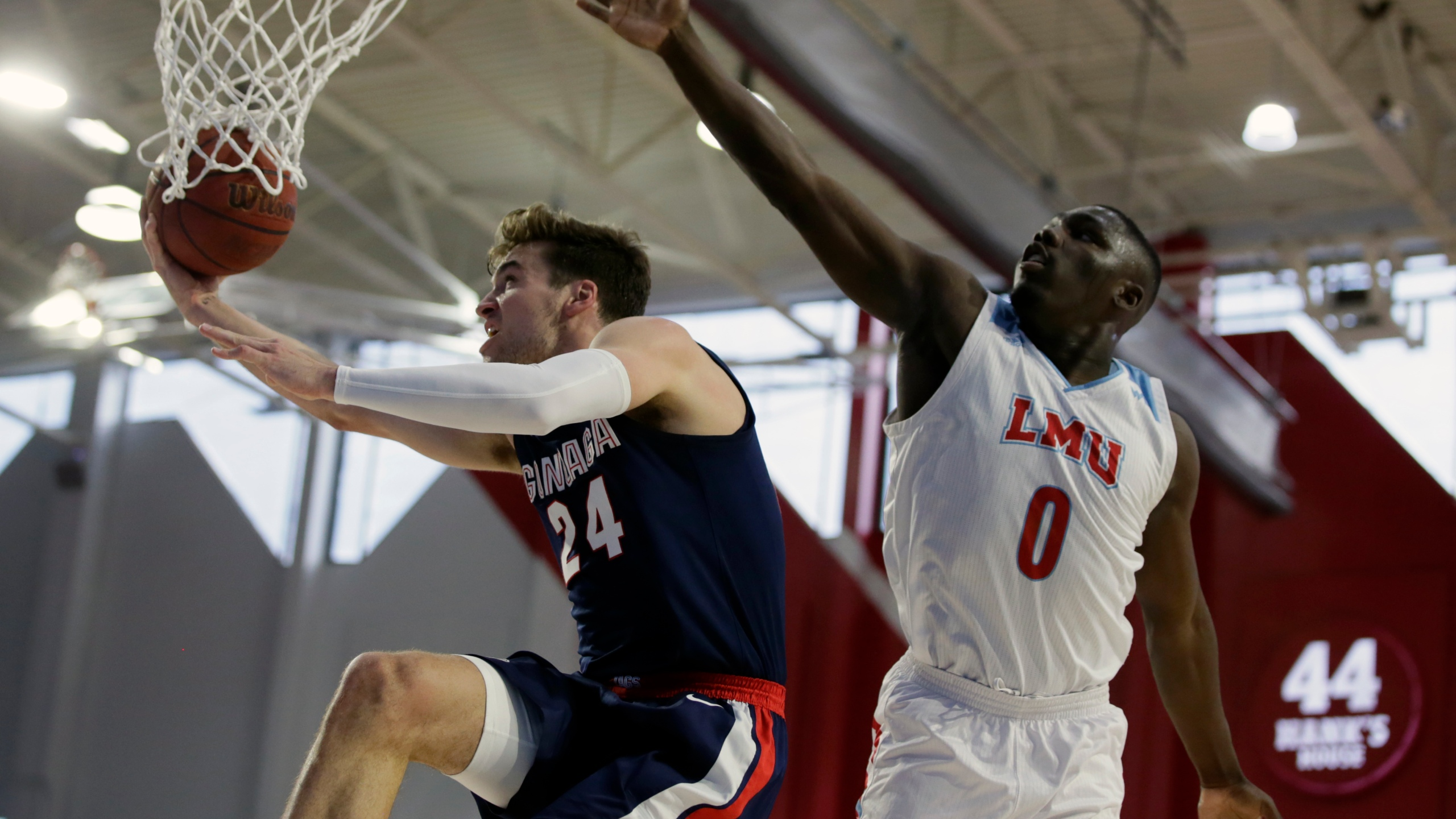 Top Ranked Gonzaga Cruises To Win Over Loyola Marymount