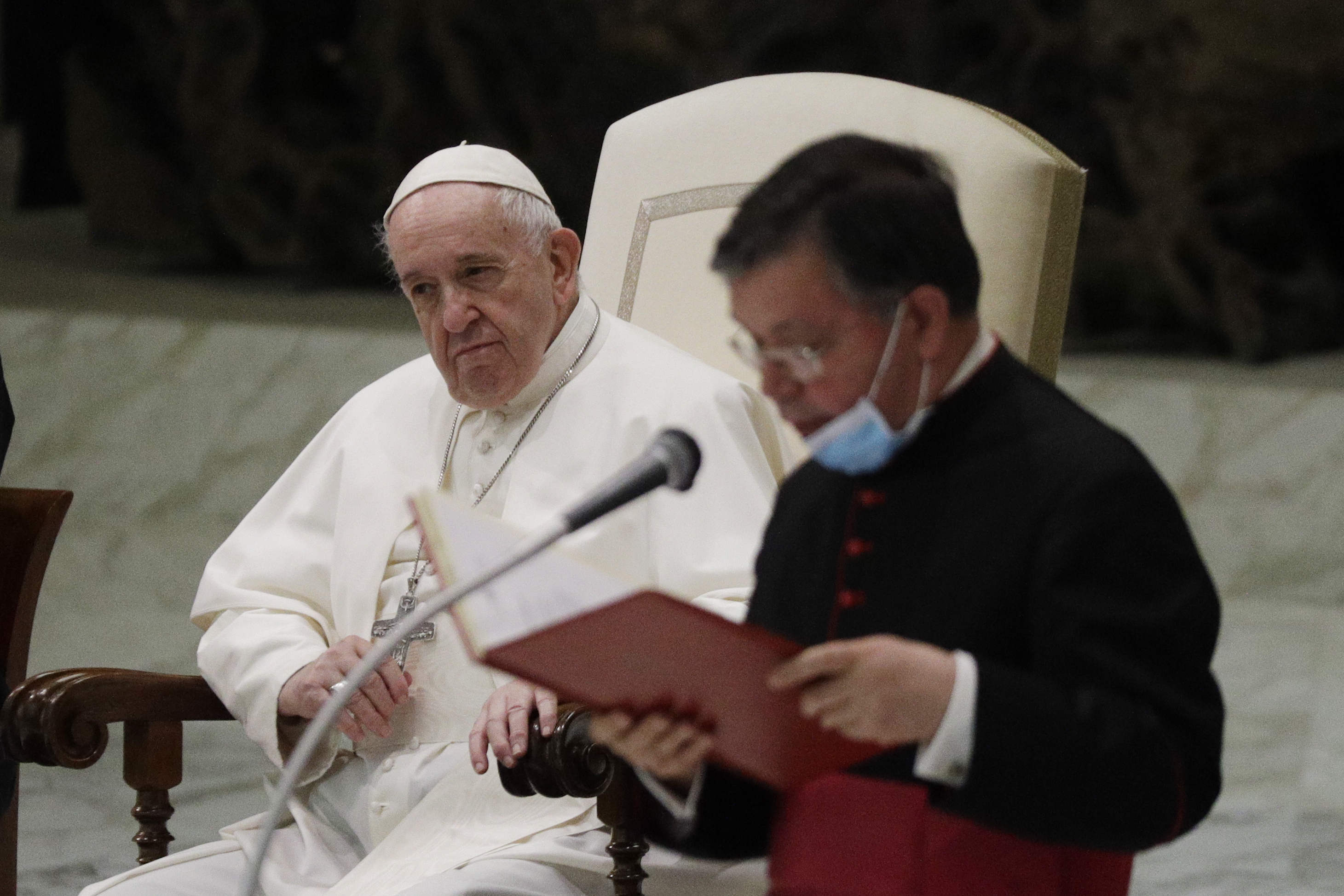 Divided Reactions In Us As Pope Backs Same Sex Civil Unions Kwkt Fox 44