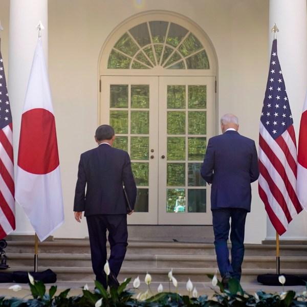 Joe Biden, Yoshihide Suga